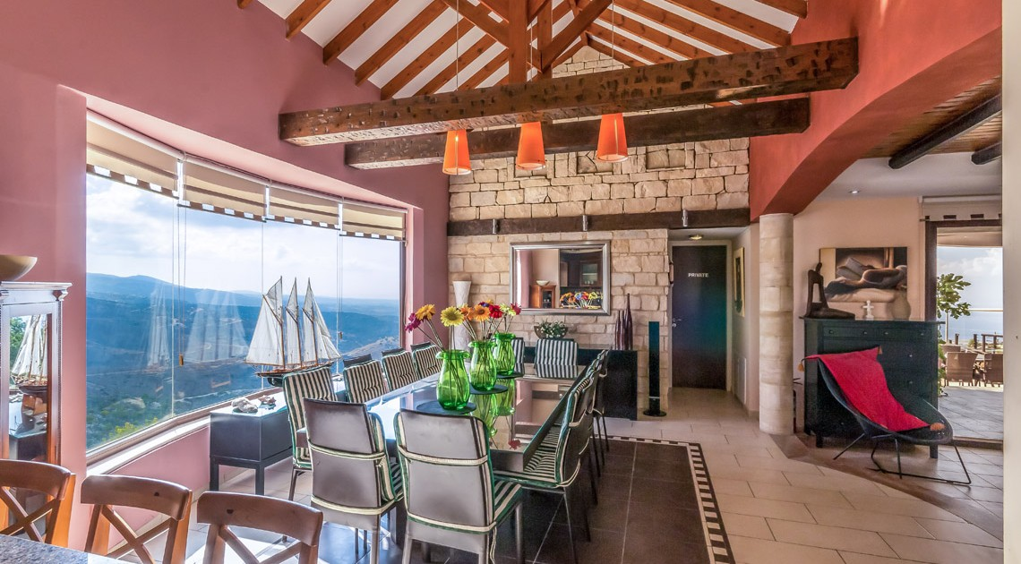 Panorama Villa Cyprus Villa to Rent  Large Dinning Area