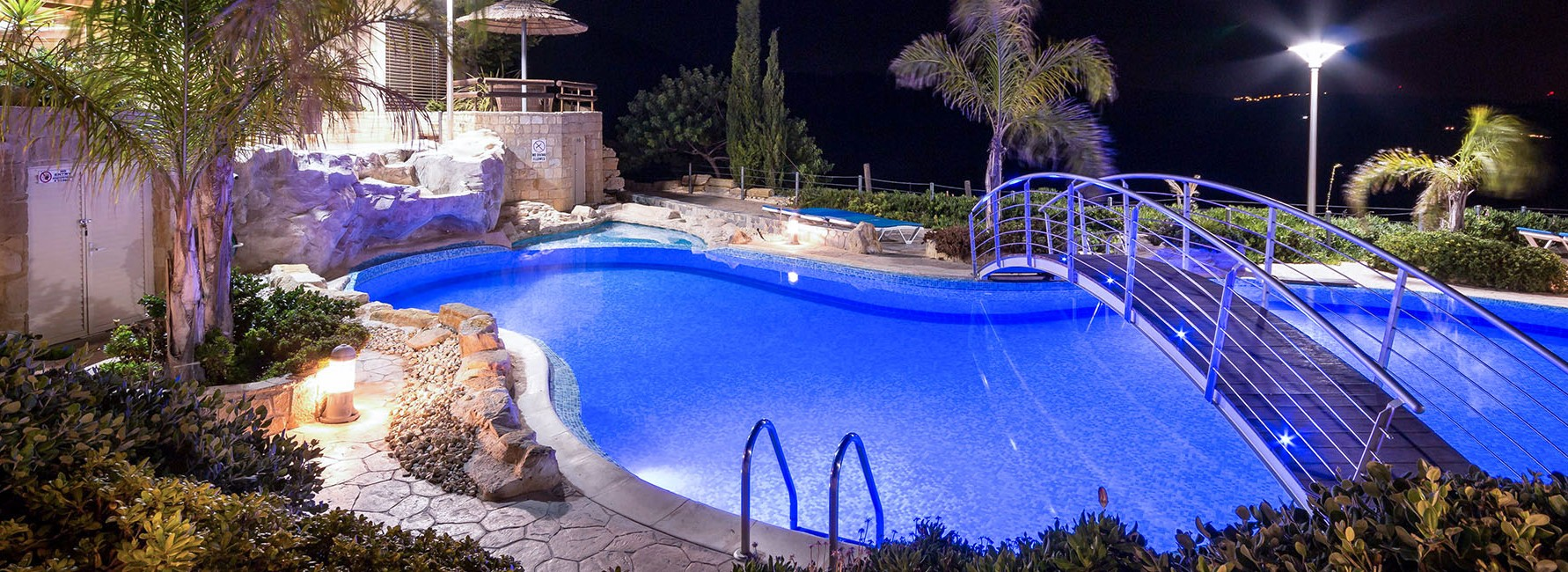 Rent Cyprus luxury Villas for weddings