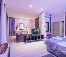 Oceania Villa Honeymoon Room