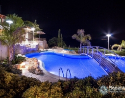 Panorama Villa Night