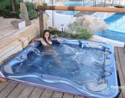 Panorama Villa Outdoor Jacuzzi
